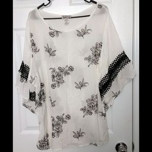 NWOT Spin USA Plus Size 3X Top Tunic Floral Lace
